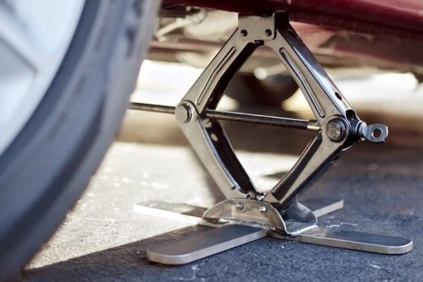 Scissors car jack